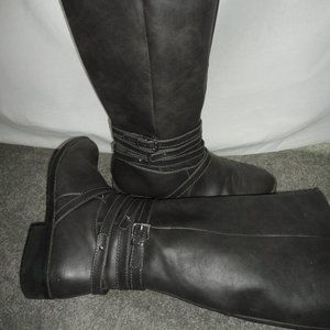 Brash Tall Leather Boots Size: 8 Color: Gray